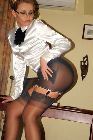 miss Lily Love visiting Escort